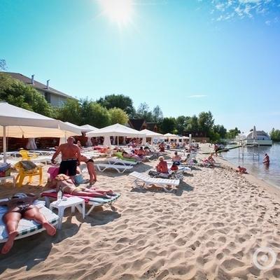 В Киеве назвали пляжи, где уже нельзя купаться