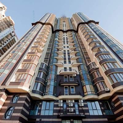 В Киеве дешевеет элитное жилье, которое некому покупать