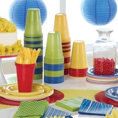 Во Франции запретили пластиковую посуду