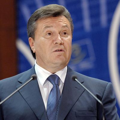 Янукович во время своего президентства работал на Россию