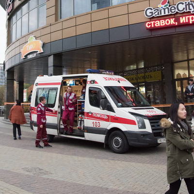 Маньяк с бензопилой устроил резню в Минске, есть жертвы