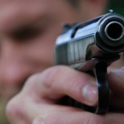 В России учитель физкультуры стрелял в школьников за курение