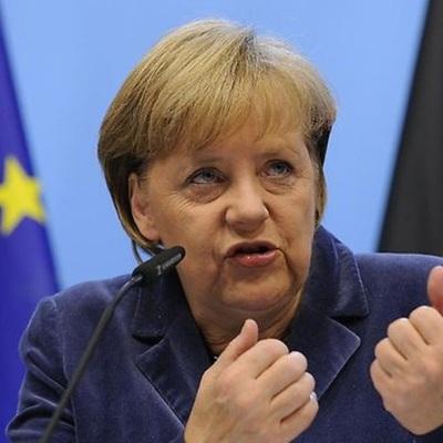 У Порошенко неудачно «омолодили» Меркель (фото)