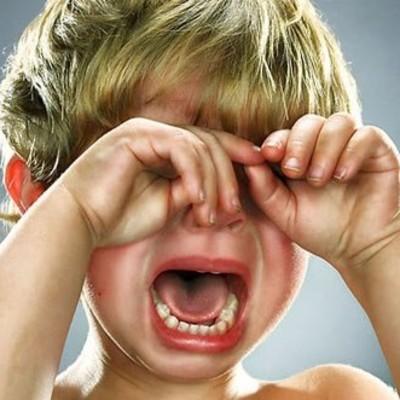 Если при вас бьют ребенка, реагируйте