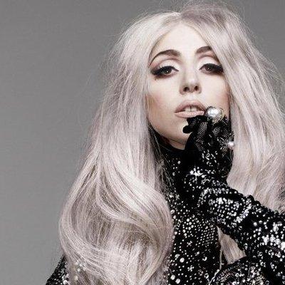 Леди Гага показала фото без нижнего белья (фото, видео)