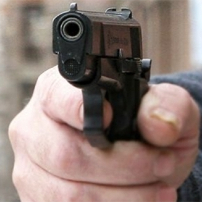 В Херсоне неизвестный решил пострелять по людям