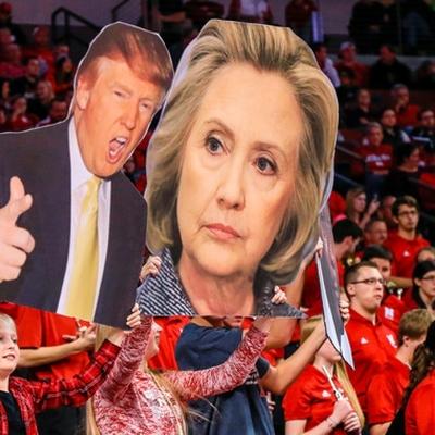 Британцы сожгут статую Трампа с головой Клинтон в руках (фото)