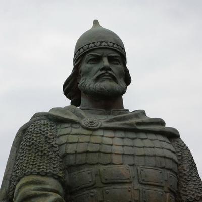Мягкая капитуляция: россияне открыли памятник киевскому князю Владимиру в Москве (скриншоты)