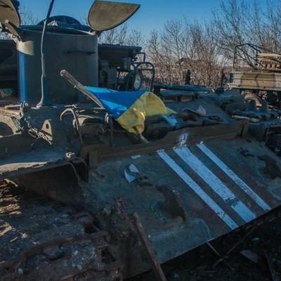 Найди 10 отличий: украинские СМИ раскритиковали реальную боевую технику в АТО (видео)