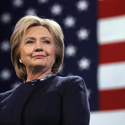 Хилари Клинтон проголосовала на выборах президента США (видео)