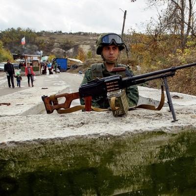 На Донбассе боевики заблокировали пункт пропуска Гнутово
