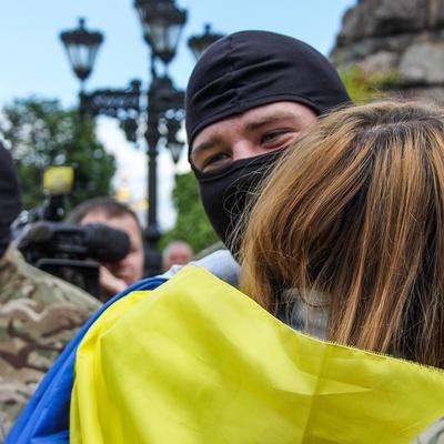 В соцсети начали флешмоб в поддержку бойцов, воюющих на Донбассе (видео)