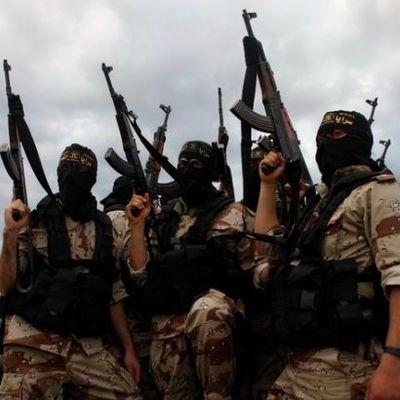 Боевики ИГИЛ казнили боле 20 жителей Мосула, - Reuters