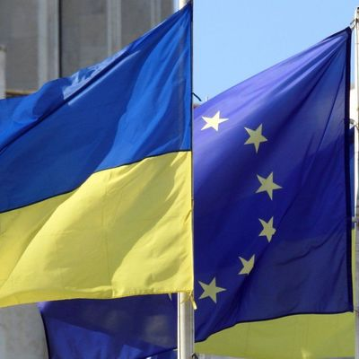 Верховна Рада требует у Евросоюза ввести безвизовый режим с Украиной