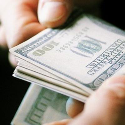 Новая следовательница требовала взятку в 200 тысяч