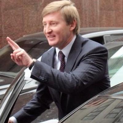 Как живет главный спонсор Януковича