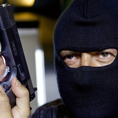 Как ограбить банк в Киеве за 60 секунд (видео)