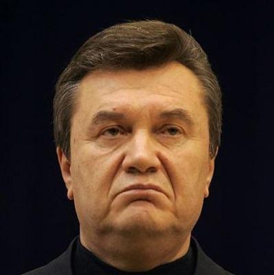Янукович активно готовится к видеодопросу, - адвокат
