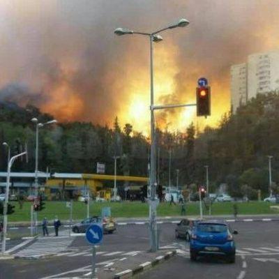 Страшный пожар в Израиле привел к масштабной эвакуации