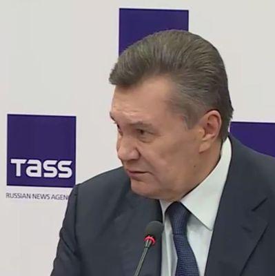 Янукович рассказал, чем в РФ занимается в свободное время