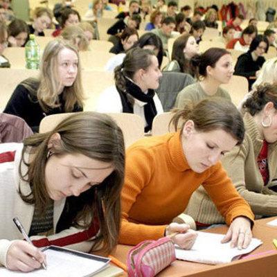 «Голодный студент - хороший студент»: Минобразования урезает стипендии