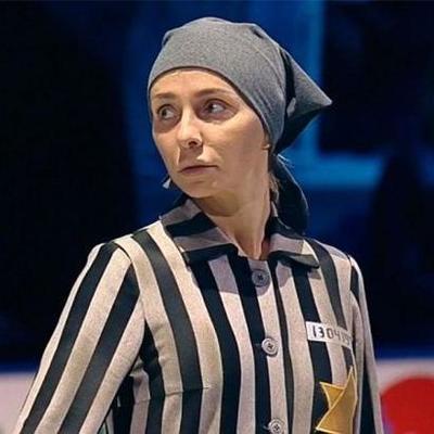 Жена Пескова на росТВ в робе узницы концлагеря танцевала и улыбалась