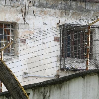 В Ужгороде загорелся один из корпусов СИЗО