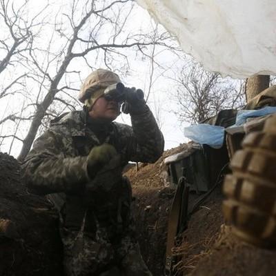 С нашей группы только двое остались целыми: ранены военные о боях на Светлодарске (видео)