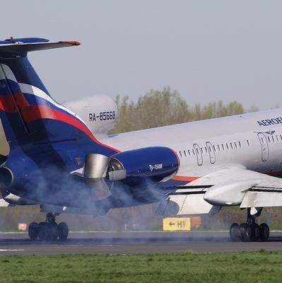 Спасатели не могут найти выживших на месте падения Ту-154