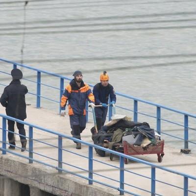 Нескольких погибших в результате катастрофы российского Ту-154 нашли в спасательных жилетах - СМИ
