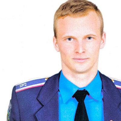 Патрульный полицейский Киева разбил нос автомобилисту за непредъявление документов (ВИДЕО)