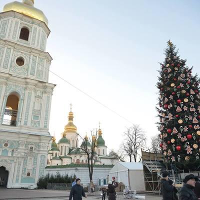 В новогоднем концерте на Софийской площади до утра выступит около тысячи артистов