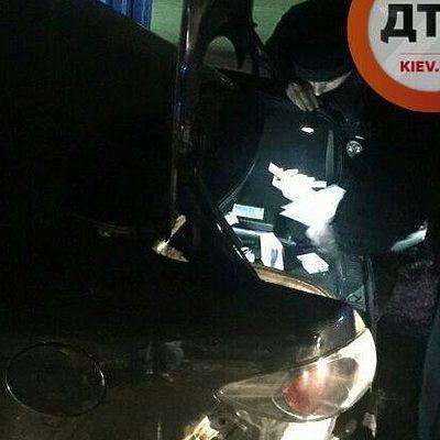 В Киеве за водителем Mazda погнались шесть автомобилей патрульной полиции (фото)
