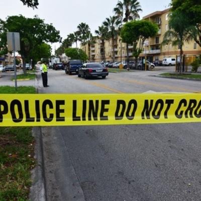 В США неизвестный устроил стрельбу: семеро раненых