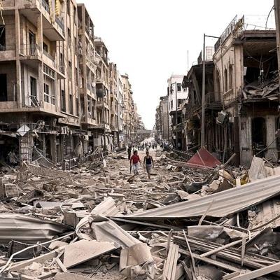 Тысячи людей возвращаются в разрушенный Алеппо - ООН