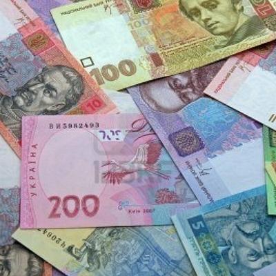 Гривна на закрытии межбанка укрепилась до 26,67 за доллар