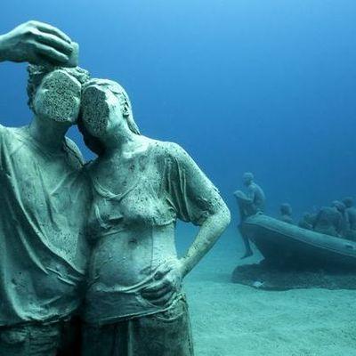 В Европе открылся первый подводный музей (фото)