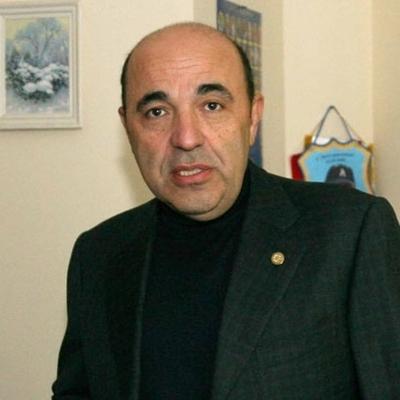 Рабинович призвал выйти к Минздраву и защитить врачей, выступающих против уничтожения медицины