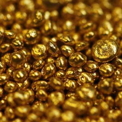Ростовщик сшил себе рубашку из чистого золота (фото)