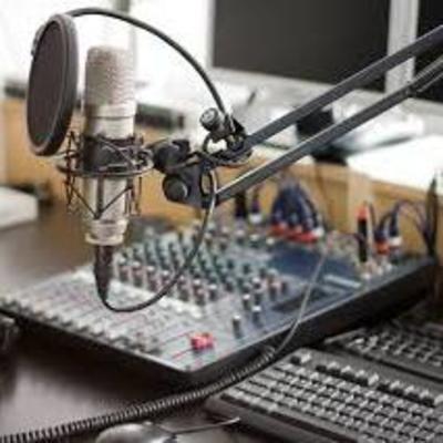Нацсовет оштрафовал радиостанцию за трансляцию пропагандистской рэп-песни