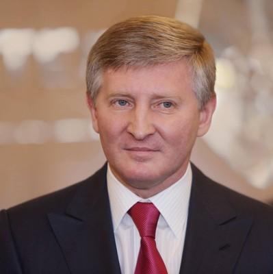 Ахметов зарабатывает на УЗ 400 миллионов долларов в год – экс-чиновник