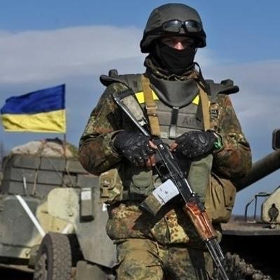 У Порошенко заговорили о введении военного положения
