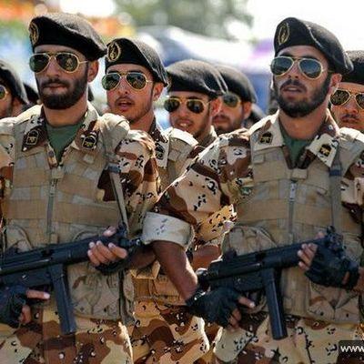 Иран начинает военные учения в ответ на санкции США