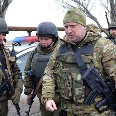 Россия перегоняет в АТО танки и Грады: Турчинов бьет тревогу