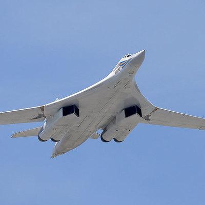 Россия оправдалась за маневры самолетов возле Британии