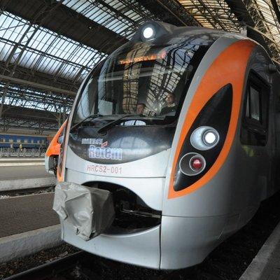 Украина готовит запуск новых поездов в Польшу, Венгрию и Словакию