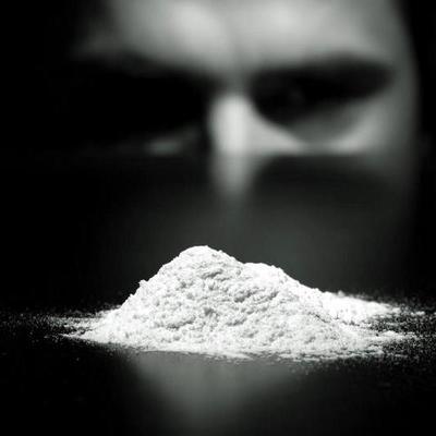 На британское побережье выбросило 360 кг кокаина (фото)