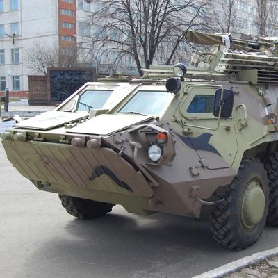 В Харькове произошло ДТП с двумя БТР и маршруткой (Фото)