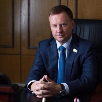Экс-депутат Госдумы получил украинский паспорт