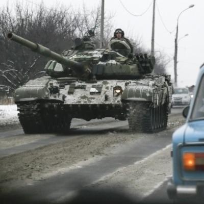 Боевики спрятали танки под Луганском